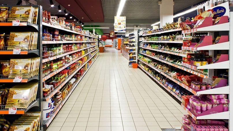 Пищевая промышленность мало чем отличается от фармакологической, еда на полках супермаркетов превратилась в химические формулы.
